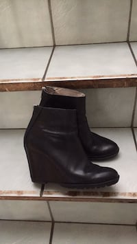 Black leather booties  Gatineau, J8T 5G1