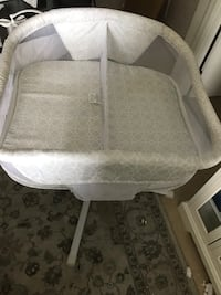 HALO twin bassinet Silver Spring, 20910