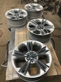"Custom Ford 18"" Rims"