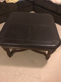 Leather/Wood ottoman/table Silver Spring, 20906