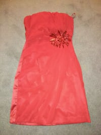 Extra small womens knee high xmas dress or grad Ottawa, K1K 3Y3