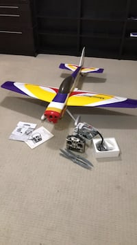 RC Airplane - Hangar 9 Showtime 90 Sterling, 20165