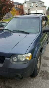 2005 Ford Escape awd exl v6  Vaughan