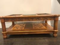 Solid Oak Table in Oakville Oakville, L6L 0Z7