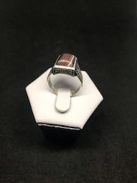 Silver agate ring  562 km