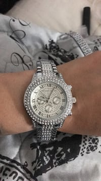 round silver-colored chronograph watch with link bracelet Greenfield, 93927