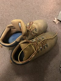 Winter Boots (WaterProof Size 11.5) Toronto, M3J 1L3