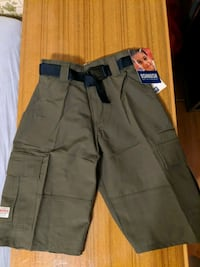 Beautiful Boy's Size 6 Green Oshkosh Shorts Mississauga, L5M 4S9