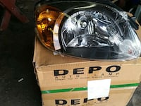 2 hyundai  accent 2003/06  front head lights East Rutherford, 07073