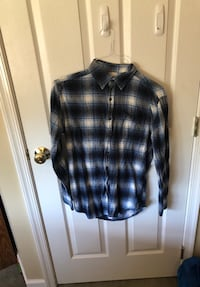 Adult small blue and white flannel 59 km