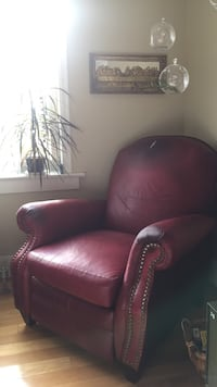 Bercalounger leather recliner club chair