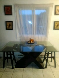 rectangular brown wooden table with four chairs dining set Cowansville, J2K 3E4