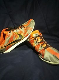 12.5 Mens Nike Cross Country/Track Shoes Loris, 29569