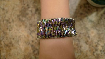 Violet adjustable beaded bangle