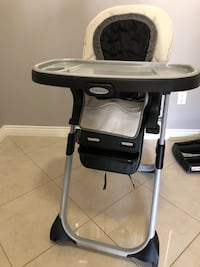 GRACO HIGH CHAIR $80 Vancouver, V5R 1M3