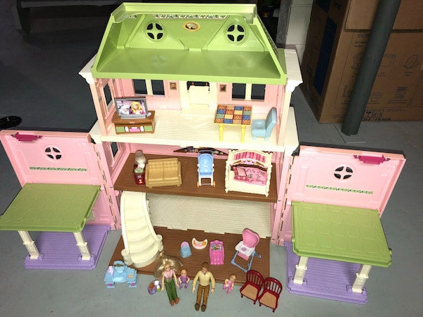 Used Doll House Vintage Fisher Price Loving Family Dollhouse For