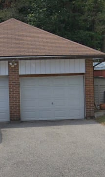 Garage for rent
