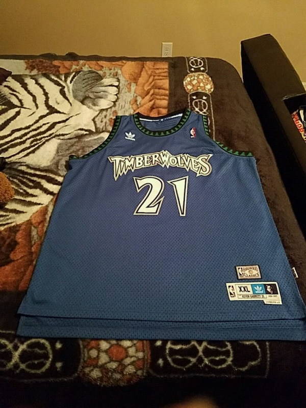 reputable site 308a5 b9018 Used blue and white Minnesota Timberwolves 21 Kevin Garnett ...
