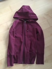 Roots Zip up Hoodie Women's Medium Toronto, M5X 2A2
