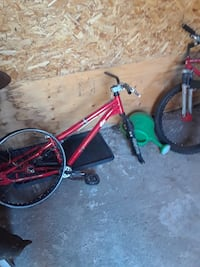 Mongoose frame and two tires Kitchener