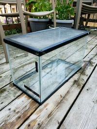 rectangular black framed glass pet tank Waterloo, N2V 2Y1