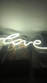 "Neon Room Light ""love"""