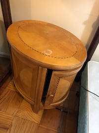 round brown wooden side table Mc Lean, 22102