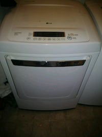 white front-load clothes washer Concord, 28025