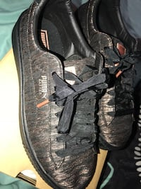 pair of black Nike low-top sneakers Damascus, 20872