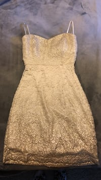Women's white and gold floral sleeveless dress Miamisburg, 45342