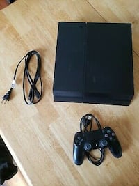 Used ps4 with a controller perfectly in good condition  Springfield