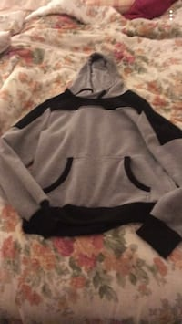 grey and black pullover hoodie Great Falls, 59405