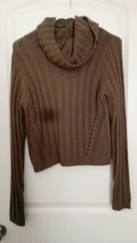 Charlotte russe sweater Conway, 29527