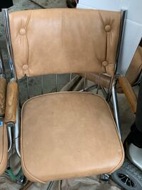 4 Kitchen / other chairs in great condition each Twenty dollars or best offer Huntsville, P0B 1M0