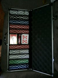 Complete Poker Set With Carrying Case... $50 o.b.o. Toronto, M4Y 2P3