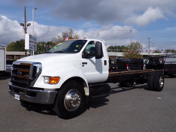 Ford - F650 cab and chassis  - 2015