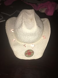 Girls cowgirl hat size 5-8yrs old ish?