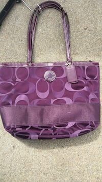 Coach purse Salinas, 93905