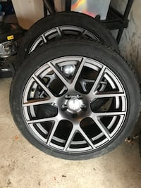 Dodge Hellcat Original 20 Inch tires and rims. Vaughan, L6A 1T8