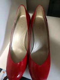 pair of red leather pointed-toe heeled shoes Arlington, 22204