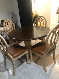 Dinning table and chairs Germantown, 20874