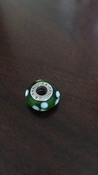 Green and white pandora bead Vaughan, L6A 2C7