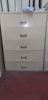 White metal 5 drawer filing cabinet Oakland, 94608