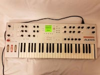 alesis ion synthesizer, mint condition London, W4 1DX