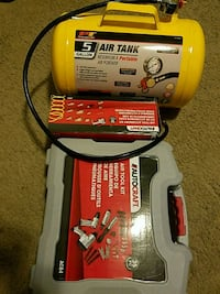 Air tool set with tank and hoses Laurel