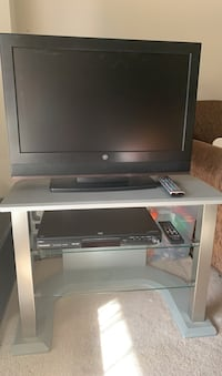 Tv and DVD bundle   Mississauga, L5N 8R2