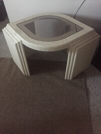 Beautiful coffee table set 1 table with 2 side tables