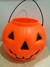 Kid's trick or treat Halloween basket North Vancouver, V7M 2N5