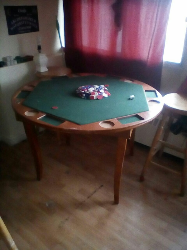 Wooden fold poker table