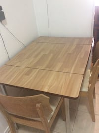 Wood with metal leg table,great conditions + 2 chair 41 inch length 29,5 wide and29,5 height Toronto, M2R 2A3